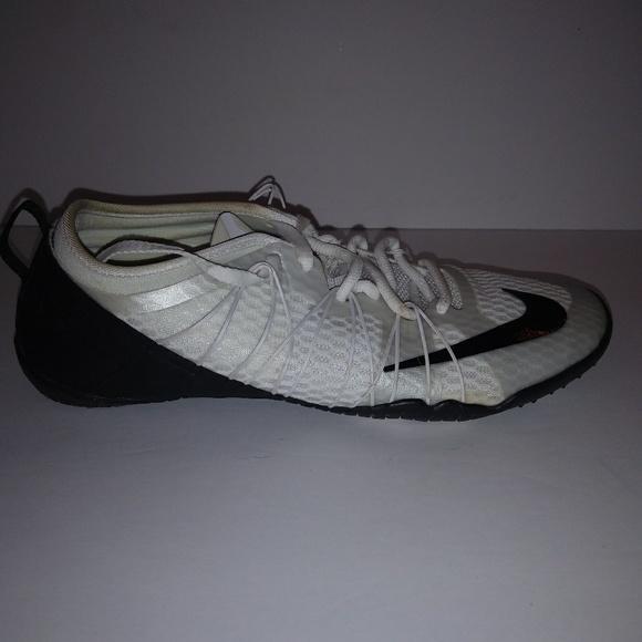 Nike Shoes Gratis 10 Cross Bionic 2-underviserePoshmark 10 Cross Bionic 2 Størrelse 6 718841100 Poshmark